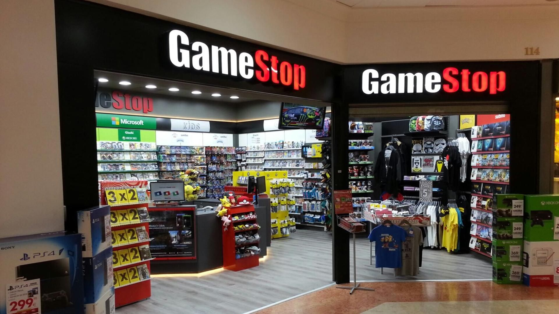 30 Weird Guidelines Gamestop Employees Need To Follow Thegamer